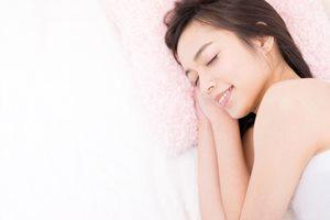 お泊りデート前に要チェック! いびきを防ぐ7つの対策方法