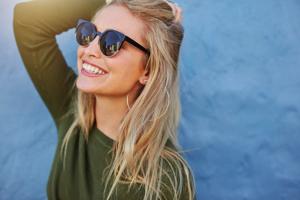瞳の紫外線対策を制すものは夏を制す? UVカットサングラスの選び方