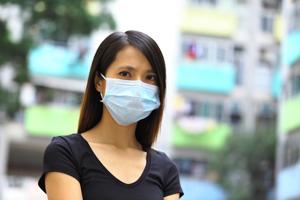 花粉症の方は要注意! マスクが原因でニキビができるメカニズムとは?