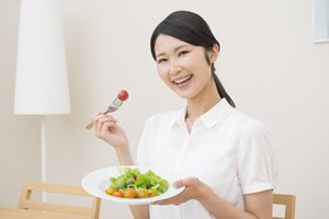噛むことが美容と健康につながる! 咀嚼による4つのメリット