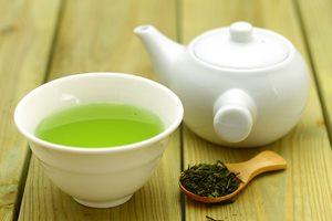 緑茶がシミ・そばかすに効く? 効果的な飲み方・使い方