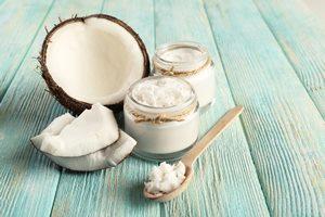 お勧めの食べ方もチェック! ココナッツオイルの嬉しい美容効果