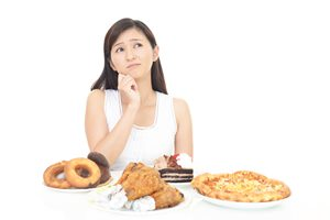 ダイエットできない! 食欲が止まらない原因と対処法