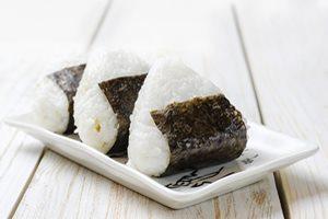 お米好きにピッタリ! おにぎりダイエットの魅力と正しいやり方