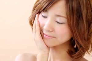 体は細いのに「顔だけ太る」本当の原因と解消方法