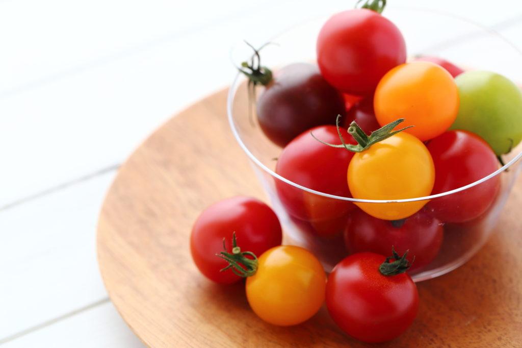 食べるだけでシミ・シワ対策! トマト集中食で内側から美白に