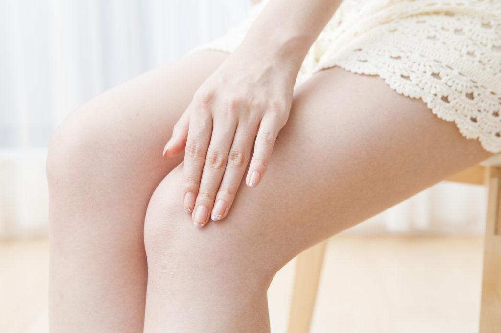 薄着になる前に要チェック! 膝の黒ずみを解消するケア方法