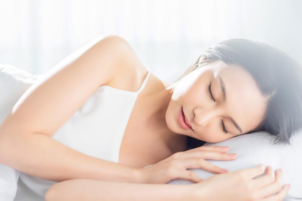 美しさは睡眠でキープ? 美容に効く「睡眠法」