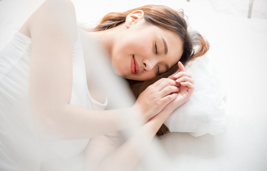 睡眠時間はどれくらいがベスト? 理想の睡眠時間とその理由を解説