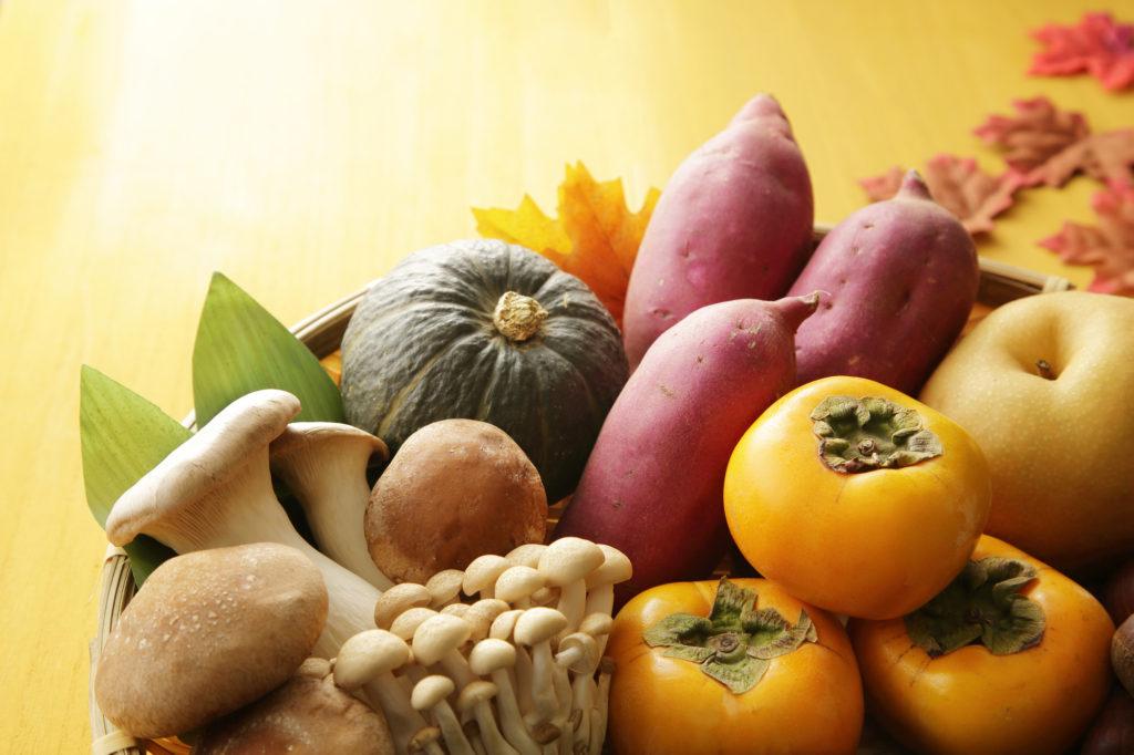 秋に食欲が増す理由とは? 太らないための食べ方のコツもご紹介