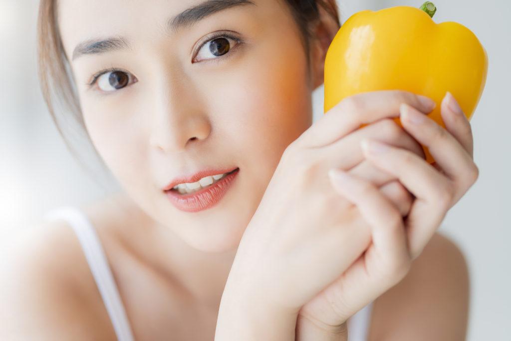 美肌のために必要な栄養成分とは? 毎日の食事に取り入れよう!