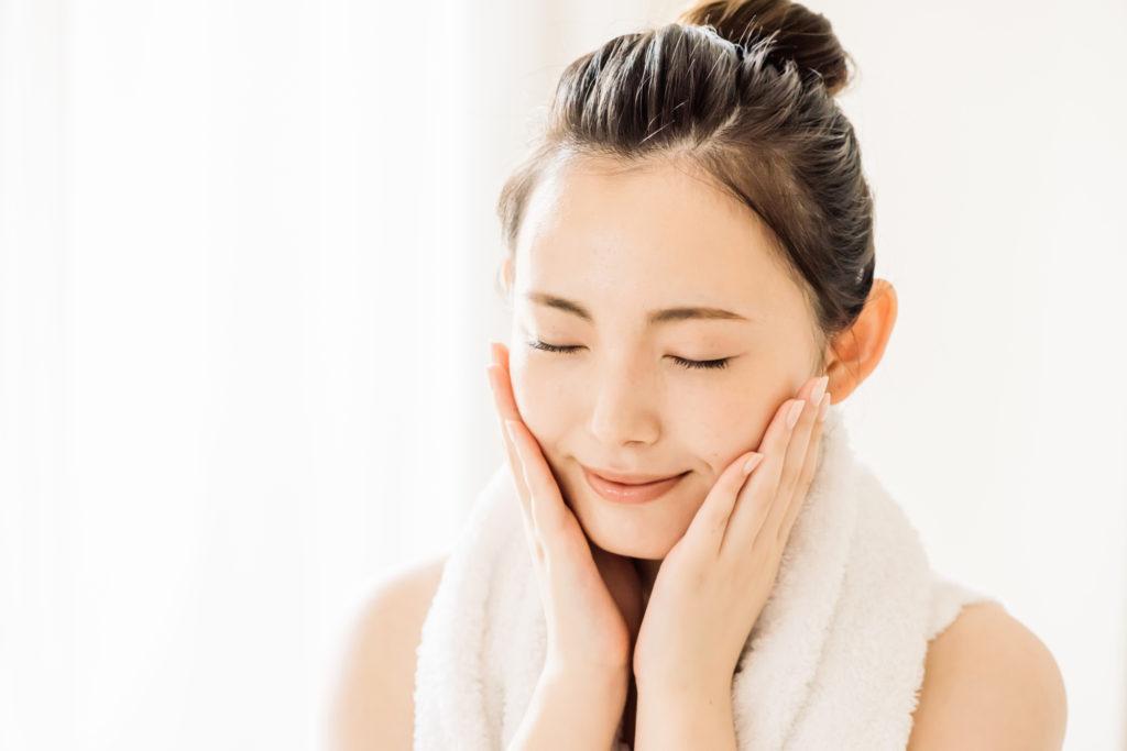 乾燥性敏感肌の対策方法は? デイリーケアと悪化したときの対処法