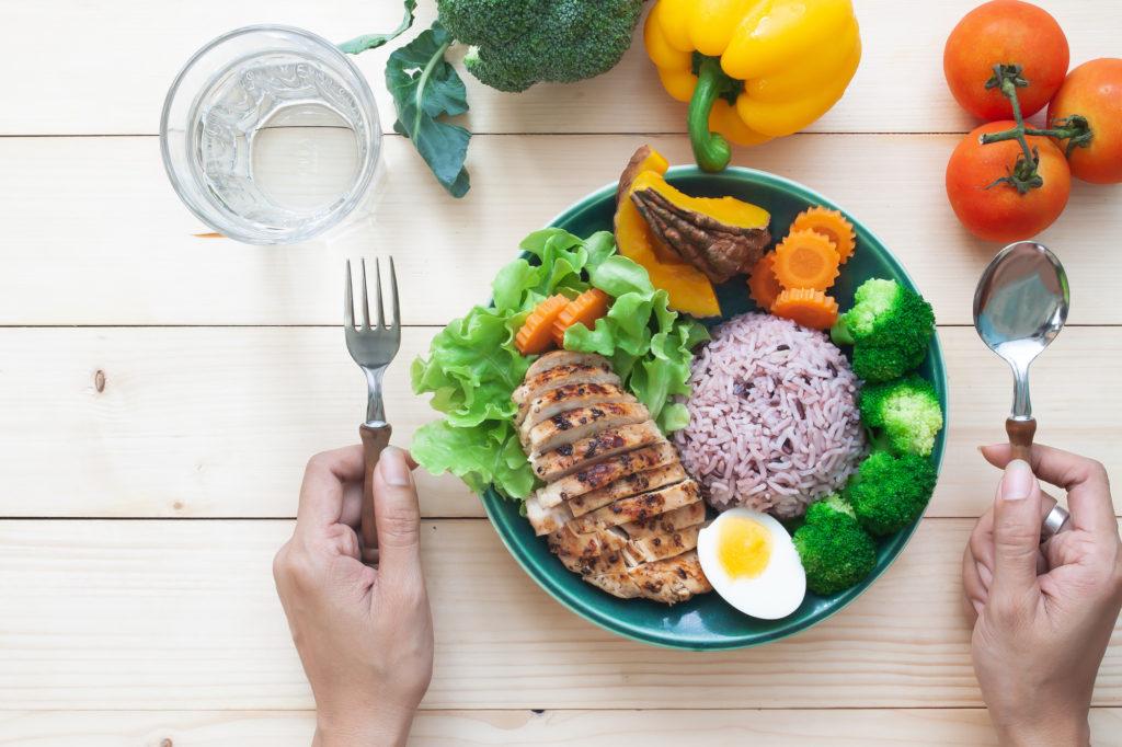 ダイエット中は「カロリー」と「糖質」どっちを制限すればいい?