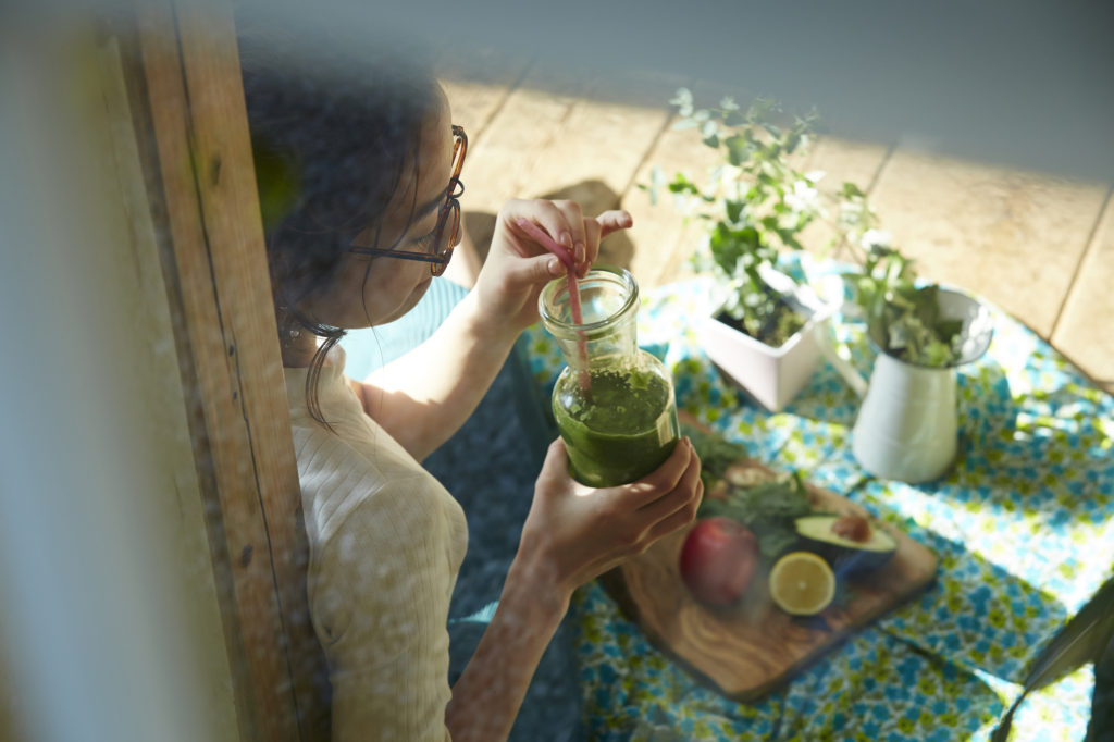 朝スムージーが老化の原因に? 朝スムージーの正しい飲み方をご紹介