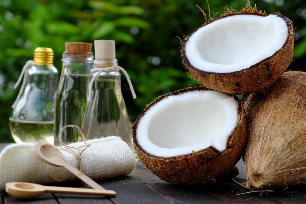 使い道が豊富! ココナッツオイルの効果と上手な使い方
