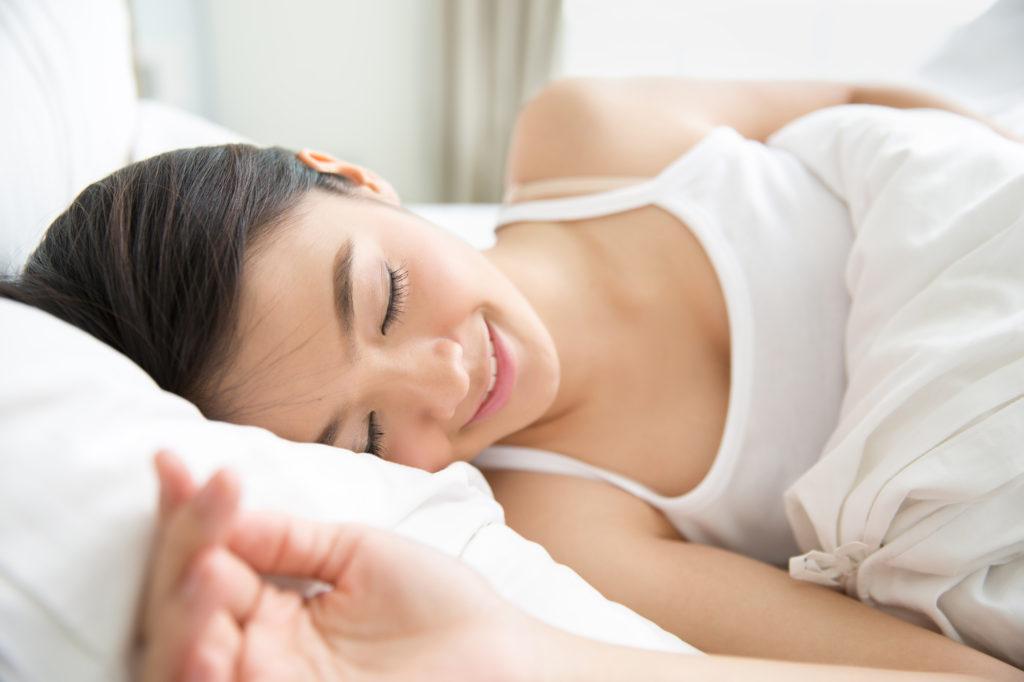 寝るだけで痩せられる? 「3・3・7睡眠法」でダイエットにチャレンジ