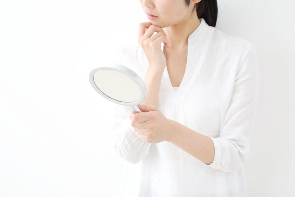 突然肌が敏感に……考えられる原因と対処法は?